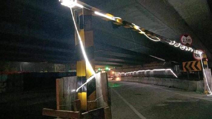 Sodetan khusus kendaraan kecil Tol Japek akan ditutup Sabtu (29/8)
