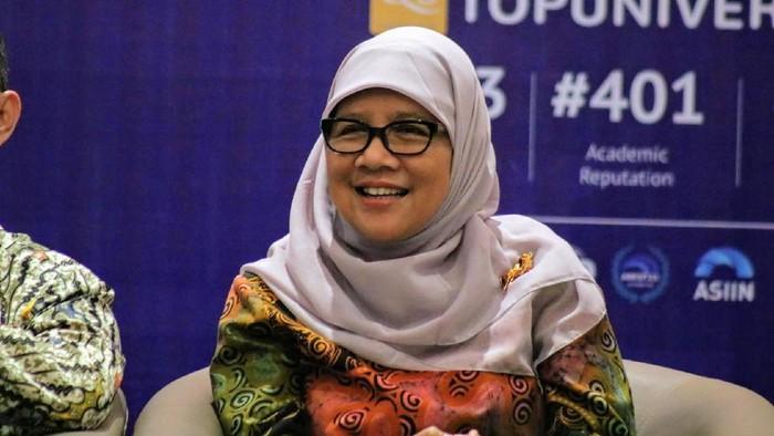 Guru Besar Biomolekuler Unair Prof Ni Nyoman Tri Puspaningsih