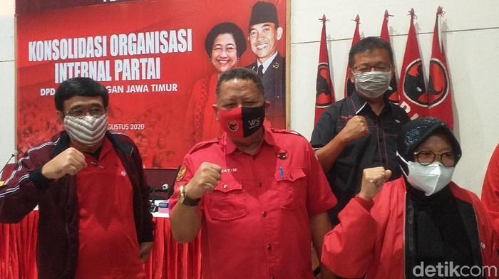 Saat Risma Berdua dengan Whisnu di Konsolidasi PDIP Jatim