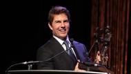 Tom Cruise Berbincang dengan Kru SpaceX dari Luar Angkasa