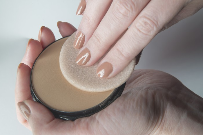 Pressed Face Powder and Puff