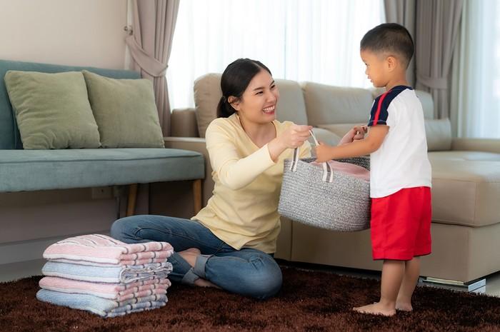 anak bantu ibu
