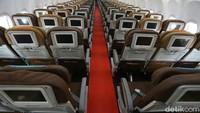 Juru bicara Kemenhub, Adita Irawati, mengatakan pemerintah mewajibkan maskapai untuk menyediakan tiga baris kursi (seat row) yang diperuntukan sebagai area karantina bagi penumpang yang terindikasi bergejala COVID-19. Rengga Sancaya/detikcom