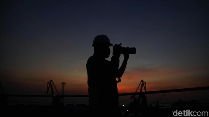Prekonomian Indonesia dipastikan 99% masuk jurang resesi. Itu artinya pertumbuhan ekonomi nasional bakal minus lagi di kuartal III-2020.