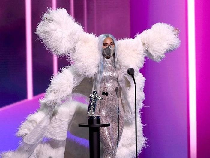 Gaya Lady Gaga di MTV VMA 2020
