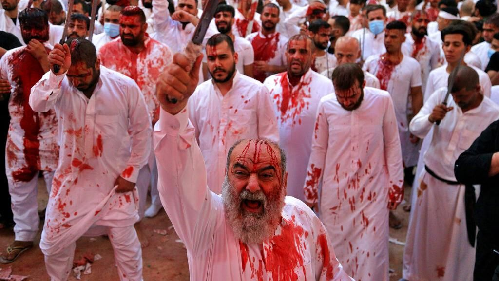 Foto-foto Warga Irak Rayakan Festival Ashura
