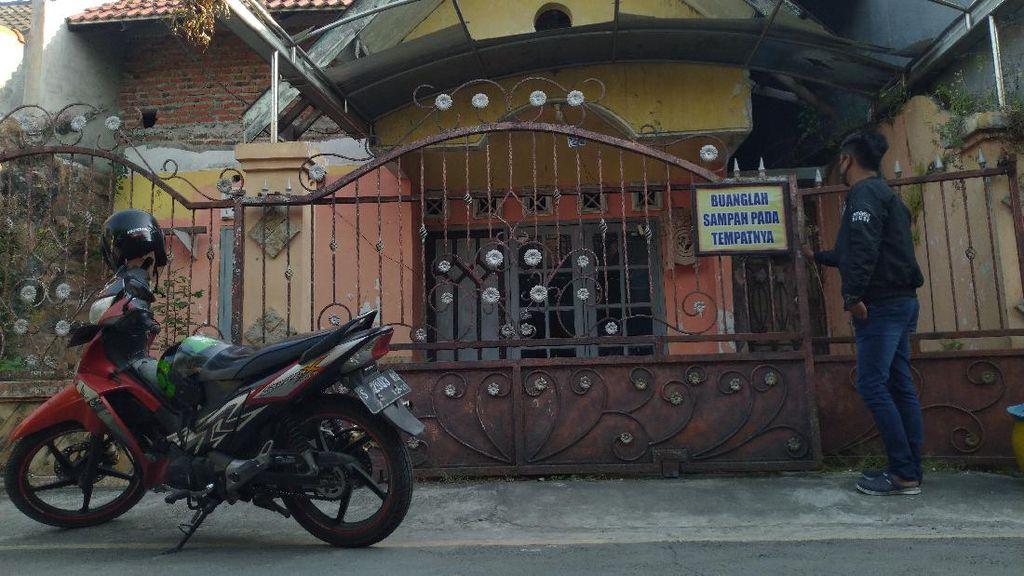 Intip Rumah Warga Mojokerto yang KTP-nya Ditemukan di Sarang ISIS