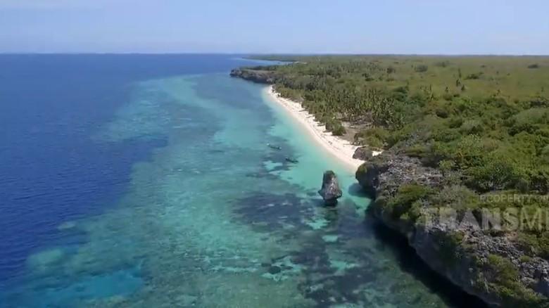 pantai batu payung, maluku, my trip my adventure