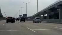 Polisi: Pemotor Bonceng 3 Masuk Tol Bekasi Timur, Putar Balik di Km 21