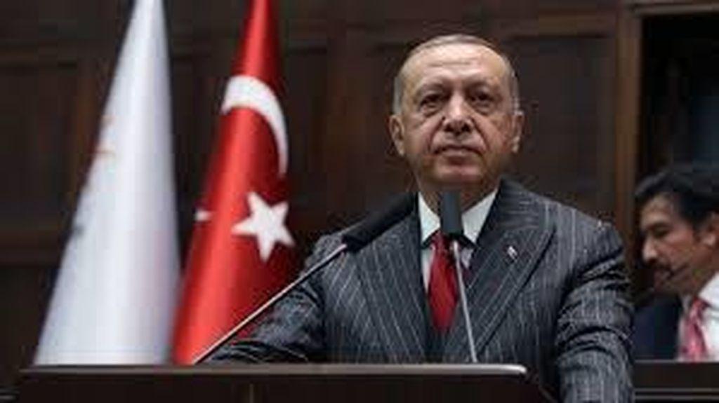 Turki Kutuk Berita Utama di Surat Kabar Yunani yang Menghina Erdogan