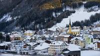 Sebuah resort ski di Austria ditudingi menyebarkan wabah virus Corona ke 45 negara. Otoritas berwajib di Austria pun tengah bersiap menghadapi gugatan hukum pertama dari ratusan wisatawan yang mengklaim terinfeksi virus Corona saat liburan di resort ski tersebut (Getty Images/annie_zhak)