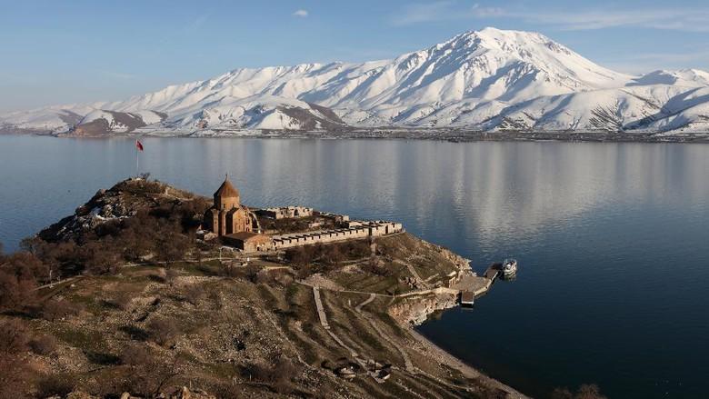 Danau Van di Turki