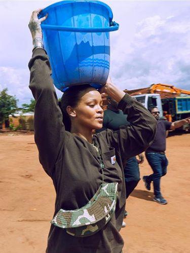Aksi amal Rihanna