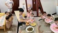 Gemas! 3 Bocah Kembar Ini Sabar Menunggu Ayahnya Saat Siapkan Makanan