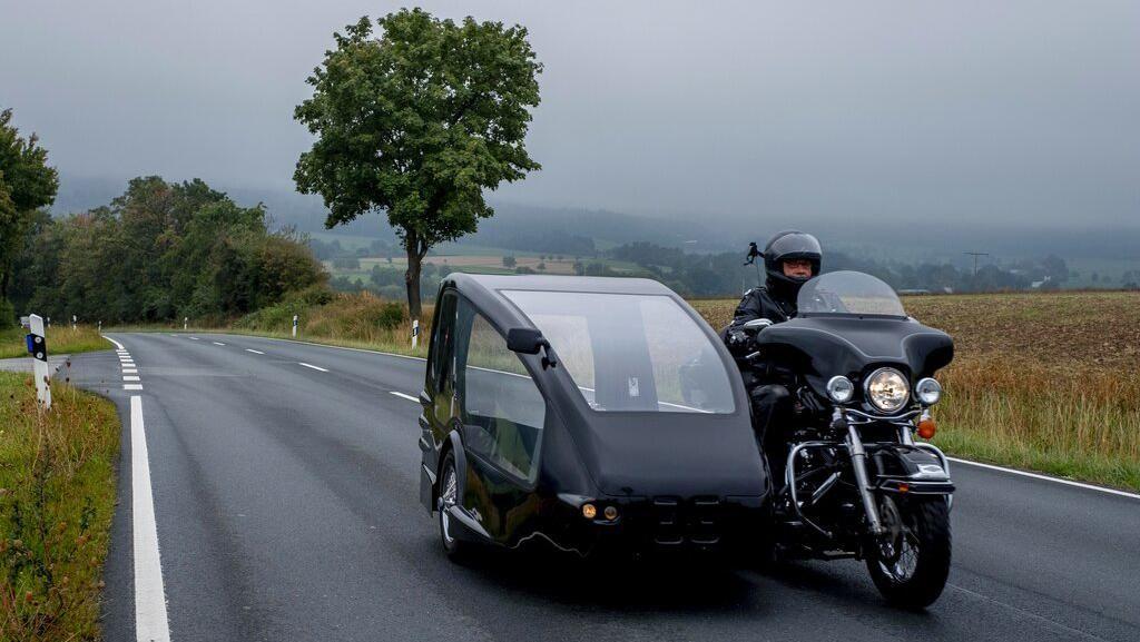 Gaya Unik Dua Harley-Davidson ini  jadi Kendaraan Jenazah