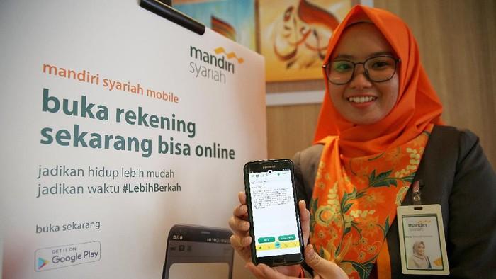 Bank Syariah Mandiri meluncurkan Cash Waqf Linked Sukuk (CWLS) atau sukuk wakaf. Mereke bekerjasama dengan Yayasan Bangun Sejahtera Mitra Umat (BSMU).