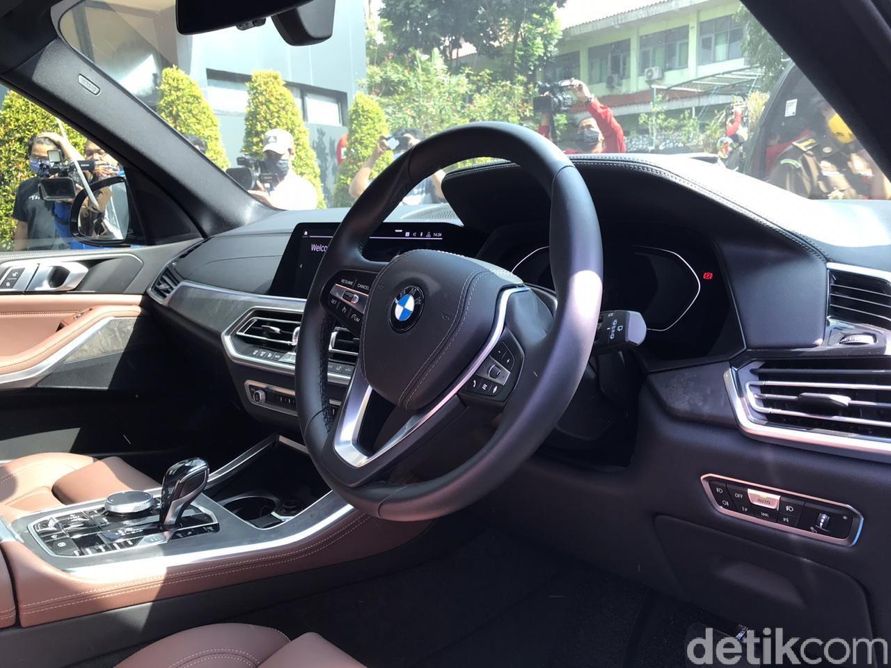 Mobil BMW jaksa Pinangki Sirna Malasari