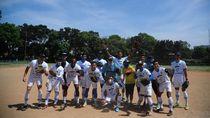Usir Kejenuhan, Skuad Persib Bandung Main Softball