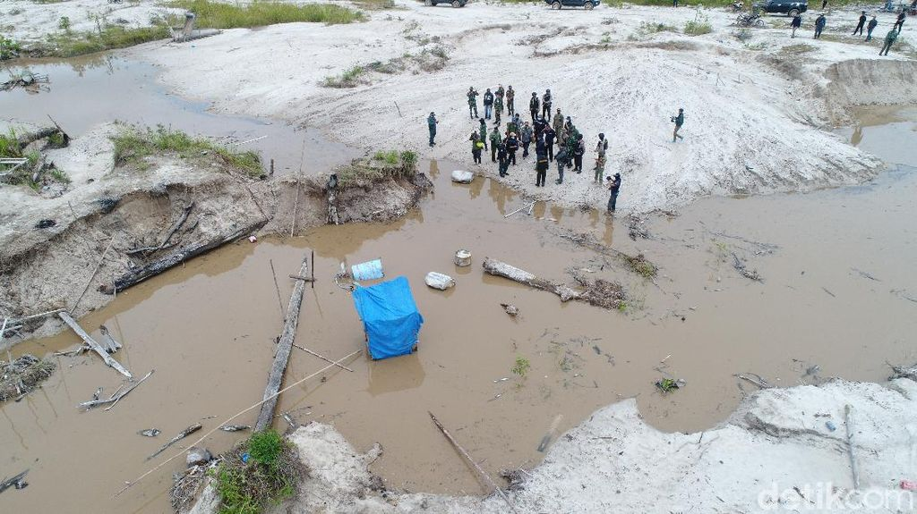400 Penambang Emas Ilegal di Cagar Alam Mandor Kalbar Diamankan
