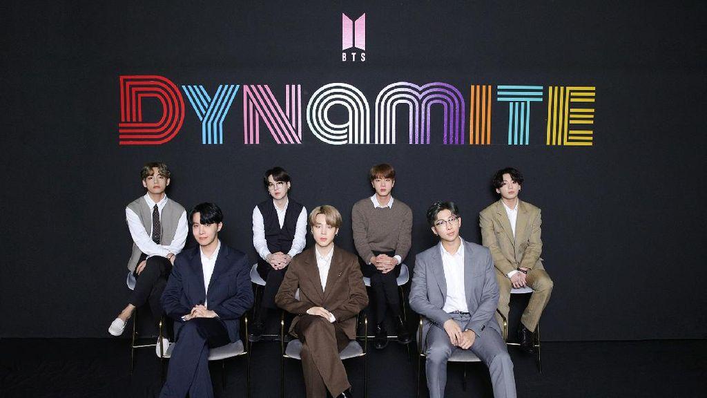 Reaksi BTS Ditanya Target Masuk Nominasi Grammy