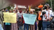 Warga Tolak Rencana Penutupan Lintasan KA di Blitar yang Rawan Kecelakaan
