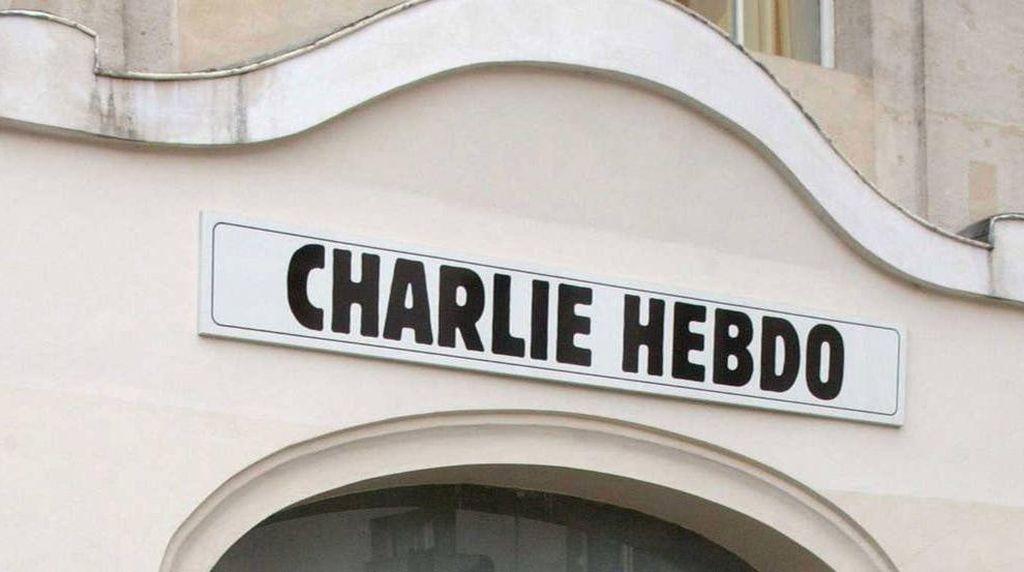Kontroversi Berbuntut Panjang Charlie Hebdo Bikin Karikatur Nabi