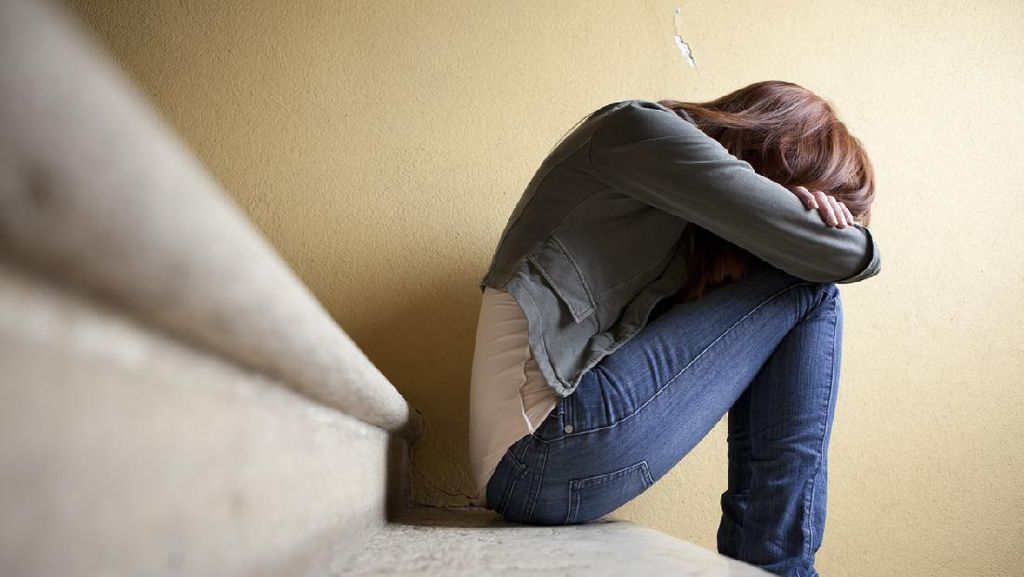 Pergoki Suami Mesum dengan Selingkuhan, Wanita di Sulut Jadi Korban KDRT