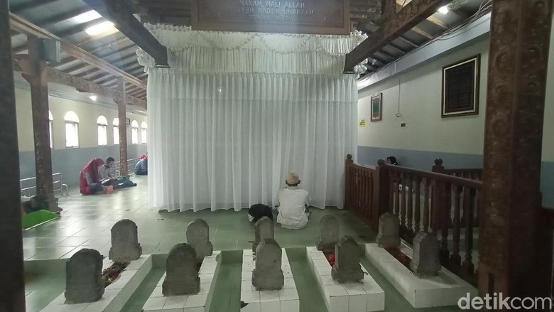 Makam Sunan Muria di era New Normal.