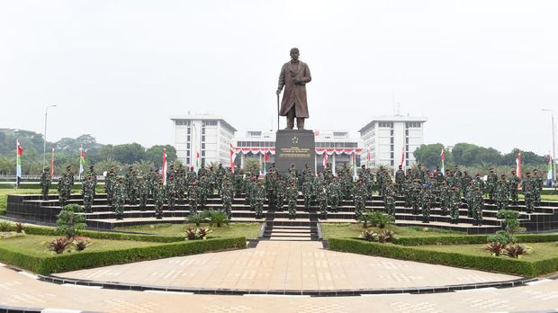 Panglima TNI terima laporan kenaikan pangkat perwira tinggi (pati), Panglima TNI Marsekal Hadi Tjahjanto, panglima tni, tni