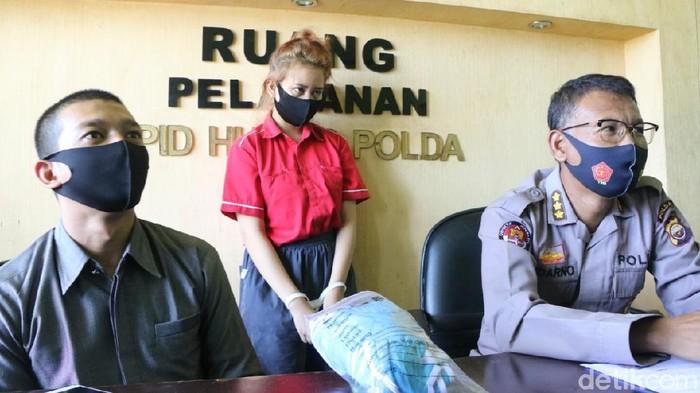 Selebgram cantik ditangkap polisi gegara promosi situs judi online (Hery Supandi/detikcom)