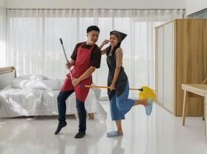 Berbagi Tugas Rumah Tangga, Perlu Dilakukan atau Tidak?