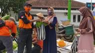 Harga Anjlok, Petani di Magelang Pilih Sedekah Sayuran