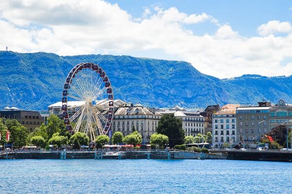 Cantiknya Danau Jenewa yang jadi ikon Swiss. (Getty Images/iStockphoto)