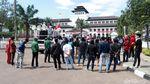 Demo Gedung Sate, Massa Tolak Deklarasi KAMI