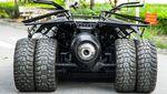 Penampakan Modifikasi Motor 400 cc yang Diubah Jadi Batmobile