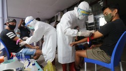 Jumlah pasien di RSD Wisma Atlet semakin meningkat. Kabid Koordinator Relawan Medis Satgas Penanganan COVID-19 mengungkapkan butuh tenaga medis tambahan.