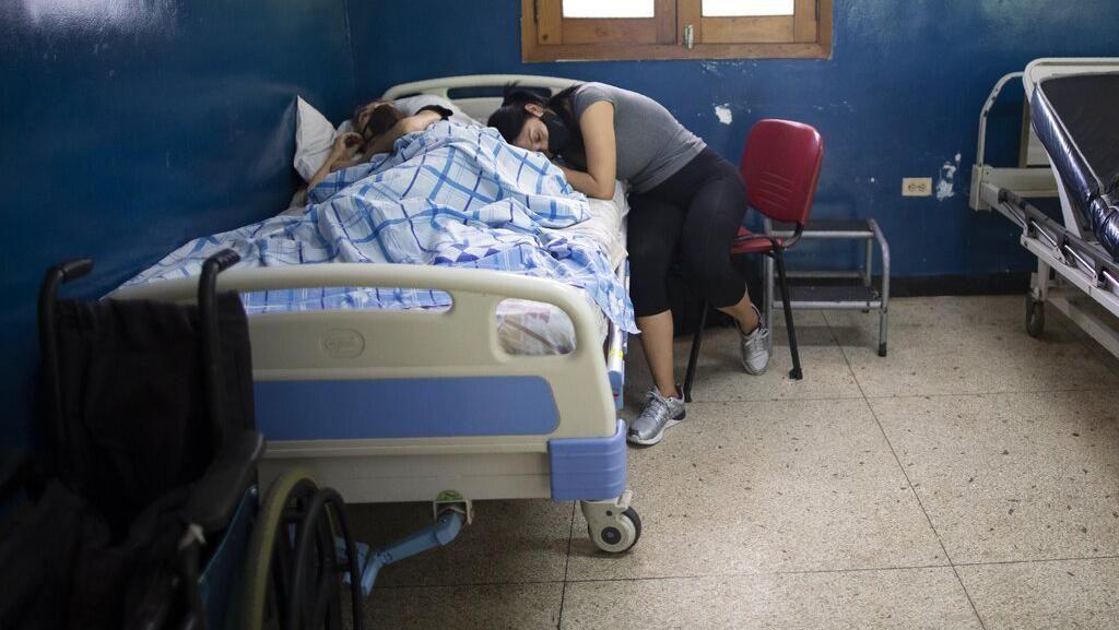 Stigma Negatif Bikin Masyarakat Pilih Sembunyikan Gejala Corona