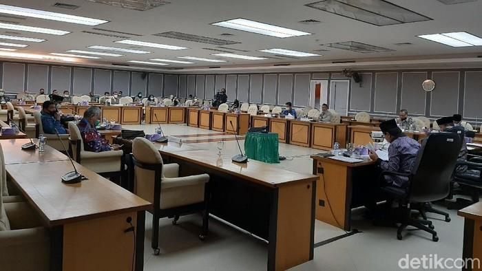 Rapat Komisi VIII DPR dengan BNPB, 3 September 2020.
