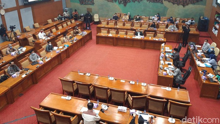 Rapat Komisi X dengan Mendikbud Nadiem Makarim (Rahel Narda Chaterine/detikcom).