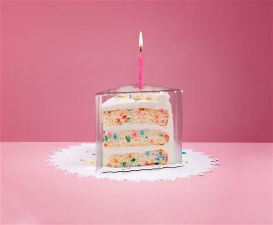 'Cake Shield' Alat pelindung kue ulang tahun