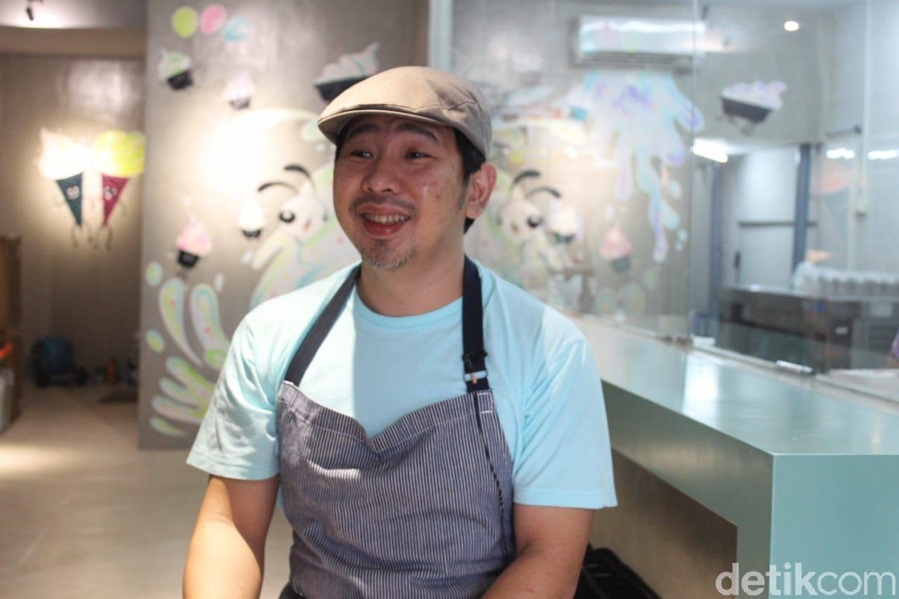 Kiat Bisnis Es Kopi Susu dari Ronald Prasanto