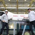 Saat Toyota-Honda Akur Bikin Bus Layaknya Power Bank Raksasa