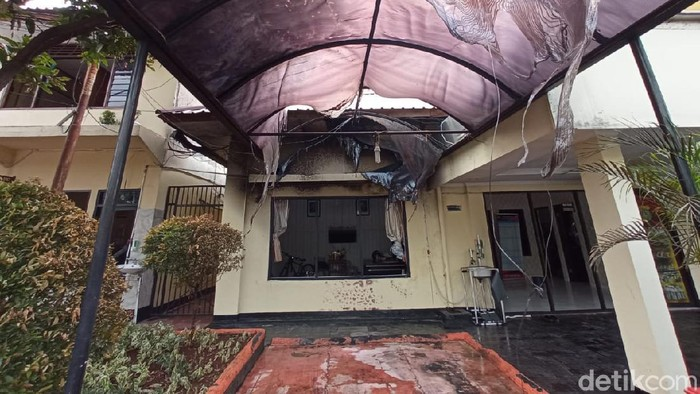Penyerangan Polsek Ciracas, Jakarta Timur, oleh oknum TNI AD, Sabtu (29/8/2020) dini hari terus diusut. Sejumlah fakta pun terungkap.
