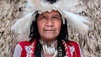 Uru-Eu-Wau-Wau, komunitas ini terisolasi dari dunia luar hingga 1980-an. Mereka tinggal di kawasan hutan hujan yang dilindungi secara hukum seluas 11.265 kilometer persegi di negara bagian Rondonia, di Brasil barat.