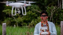 Suku Amazon Brasil Kini Gunakan Drone Buat Lacak Deforestasi Hutan