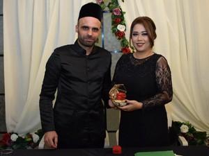 Kisah Wanita Indonesia Menikahi Bule Mualaf, Ungkap Ketakutan Suami Disunat