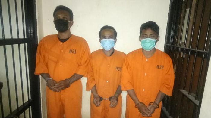 3 pria yang mencuri Harley Davidson di Bali.