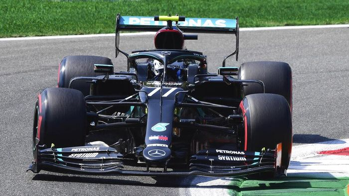 Mercedes driver Valtteri Bottas of Finland steers his car during the third practice session for Sundays Italian Formula One Grand Prix, at the Monza racetrack in Monza, Italy, Saturday, Sept. 5, 2020. (Jennifer Lorenzini/Pool via AP)
