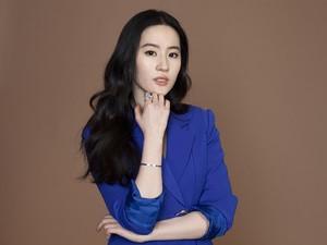 Mulan 2020 Trending Topic, Ini Rahasia Kecantikan Pemerannya Liu Yifei
