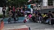 Aksi Para Skateboard di Tengah Pandemi COVID-19